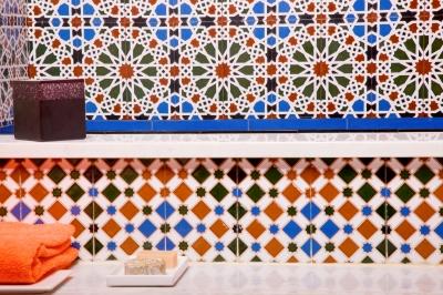 Tiling_Ambro